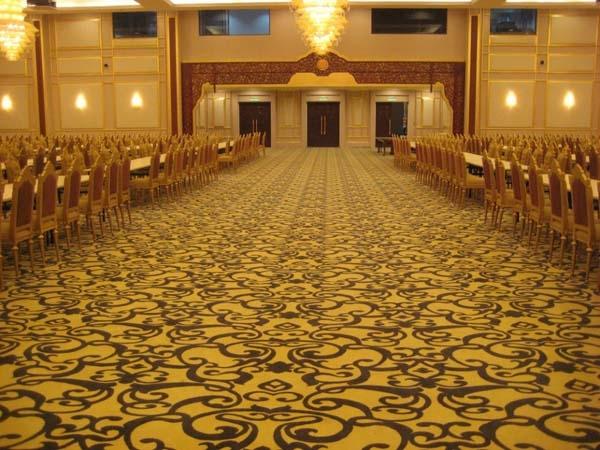 Hướng dẫn cách chọn thảm phù hợp cho hội trường lớn