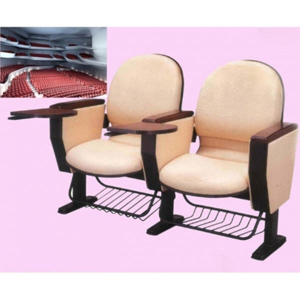 hần đệm ngồi cũng khá linh hoạt trong việc lật mở đảm bảo di chuyển dễ dàng
