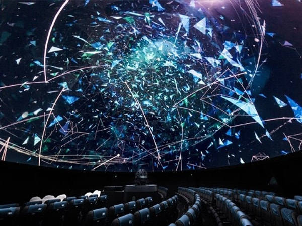 3 điểm khác biệt của rạp chiếu phim mái vòm đầu tiên ở Việt Nam