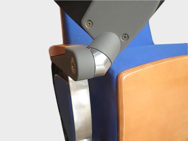 Ghế HTNK 025 là dòng sản phẩm có kèm bàn viết cùng tay ghế