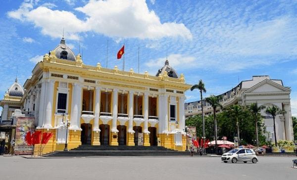 Hội trường nhà hát Lớn Hà Nội có gì đặc biệt cần bạn khám phá?