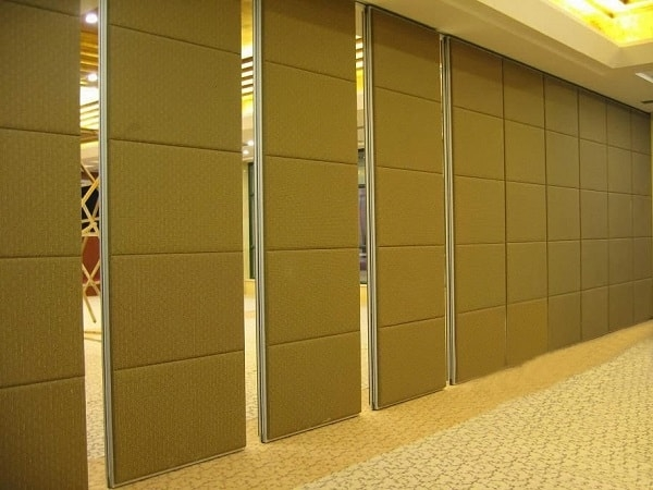 Loại vách ngăn nào phù hợp nhất với không gian hội trường? 10