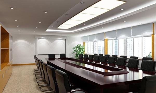 Lựa chọn kiểu dáng, màu sắc bàn họp cần phù hợp với không gian và mục đích sử dụng