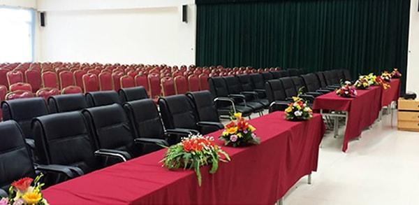 ưu điểm của ghế hội trường 190 1