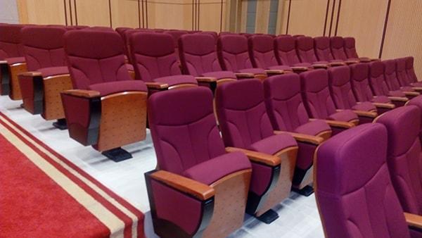 ưu điểm của ghế hội trường trung quốc 1